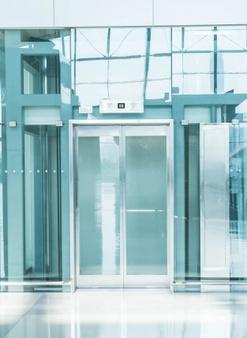 Električna drsna vrata za moderen dom